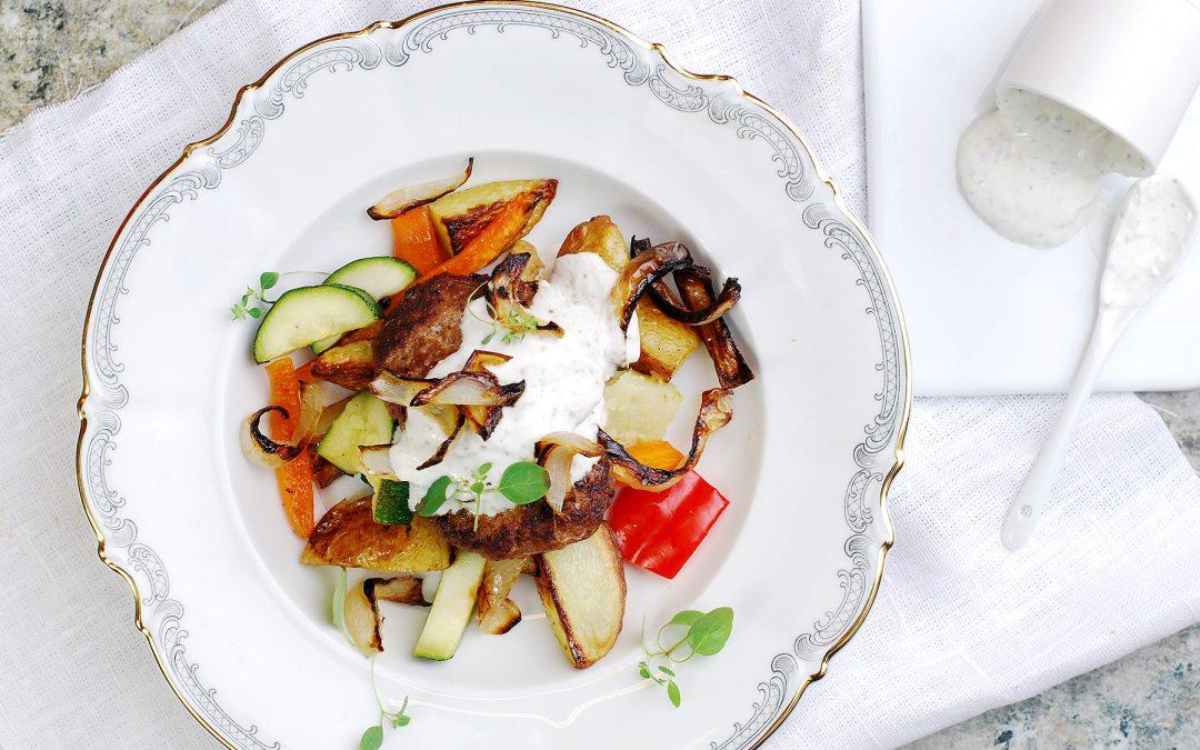 Lammfärsbiffar med rostade grönsaker