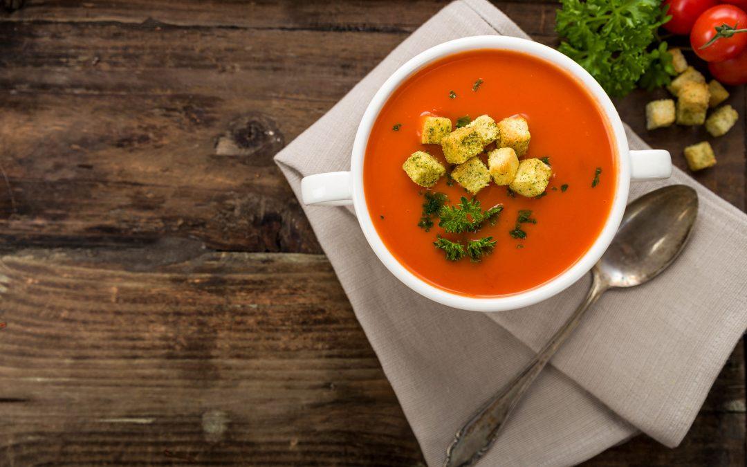Mys med soppa i höst