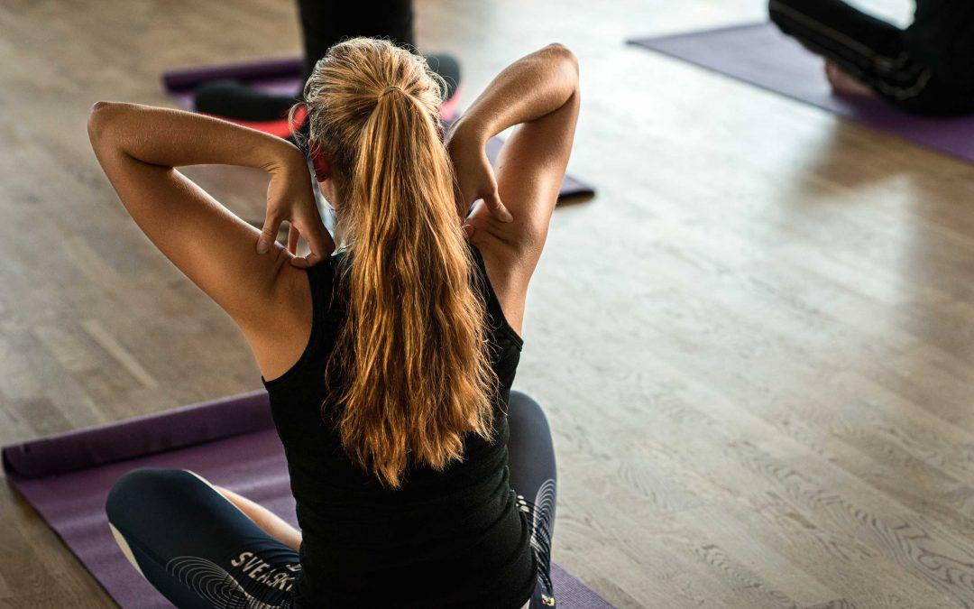 Fyra övningar som reducerar stelhet i bröstet