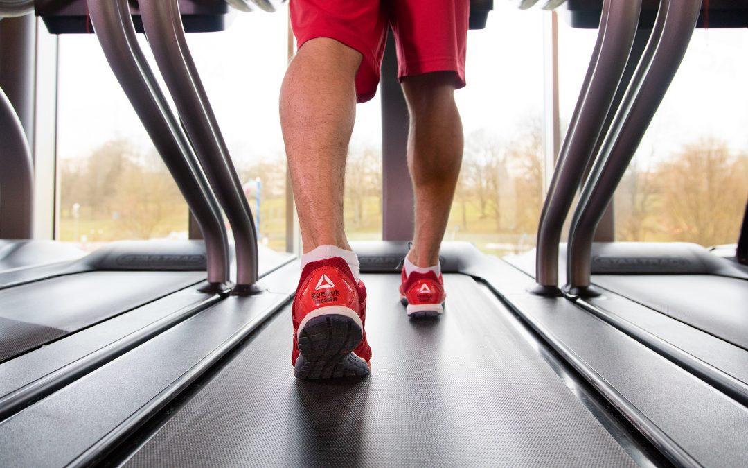 Mainwelle-Mitarbeiter trainieren im Actic Fitness Bayreuth