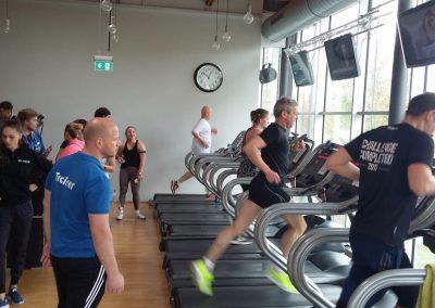 Fast geschafft! In Schwäbisch Hall mobilisieren die Teilnehmer beim 3 km Lauf nochmal alle Kräfte.